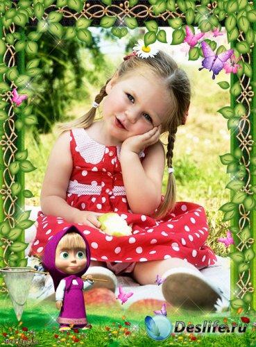 Детская рамка с Машей из мультфильма Маша и Медведь - Маша и бабочки