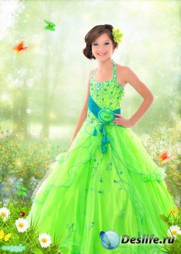 Многослойный детский psd костюм - Девочка в ярко зеленом платье среди ромаш ...