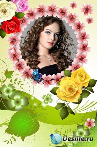 Цветочная рамочка с розами и листочками