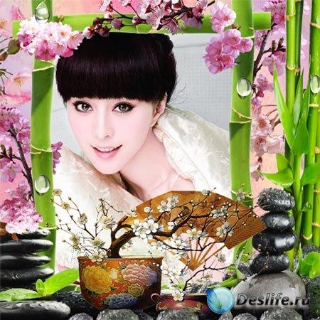 Рамка женская – Цветение сакуры