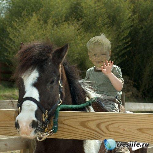 Костюм для детей - Мальчишка катается на пони