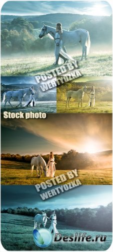 Девушка с конем - сток фото