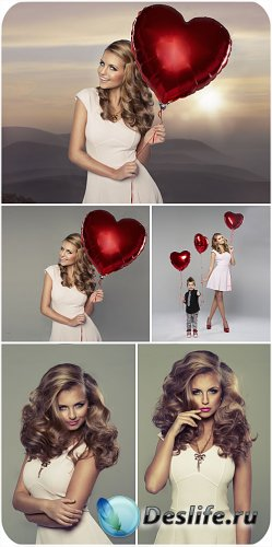 Девушка с красным сердцем - сток фото