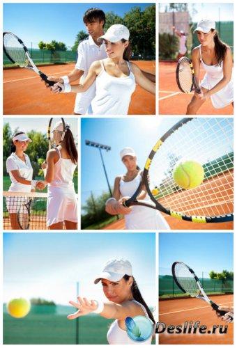 Теннис,мужчины и женщины играют в теннис - сток фото