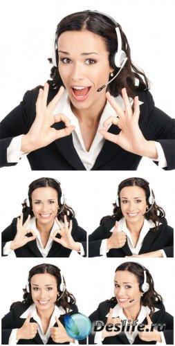 Молодая женщина оператор, девушка в наушниках / Young woman operator - Stoc ...