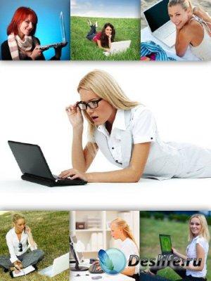 Девушка с ноутбуком (подборка изображений)
