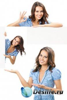 Девушка с визиткой, телефоном, баннером
