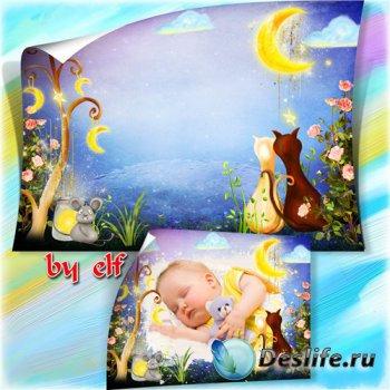 Рамка для детских фото - Глазки спят и щечки спят у усталых малышат